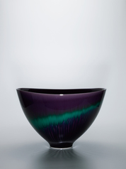"写真:Deep bowl with colored glaze decoration. ""Aurora"""