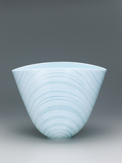 "写真:White porcelain warped bowl with pale blue glaze, engraved linear decoration and glaze inlay. ""Ren"""