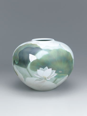 image Large jar with lotus design in underglaze spraying.