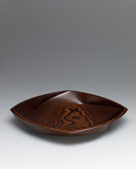 "写真:Vessel of zelkova wood finished in wiped urushi. ""Eruption"""