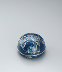 "写真:Cloisonne covered vessel. ""Blue wind"""