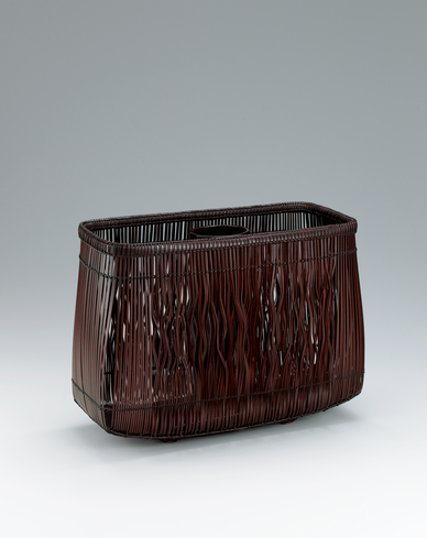 "image Flower basket of masawari bamboo splits with suri-urushi. ""Noble elegance"""
