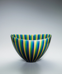 "写真:Deep bowl with colored glaze decoration. ""Light of jewel"""