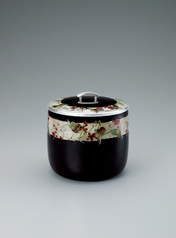"写真:Cloisonne tea ceremony fresh water jar. ""Being sorry that autumn is ending"""