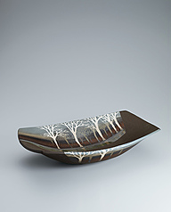 写真:Bowl with tree design in inlay and colored glaze painting.