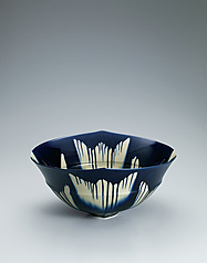 "写真:Indigo three-color glaze ware. ""1507"""