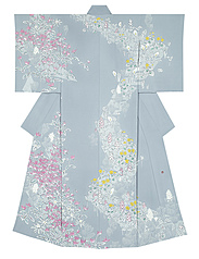 "写真:Kimono with design in yūzen dyeing. ""Togakushi"""