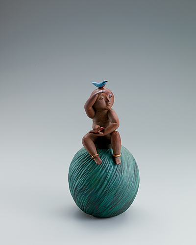 """image """"Hope"""". Ceramic sculpture with polychromy."""