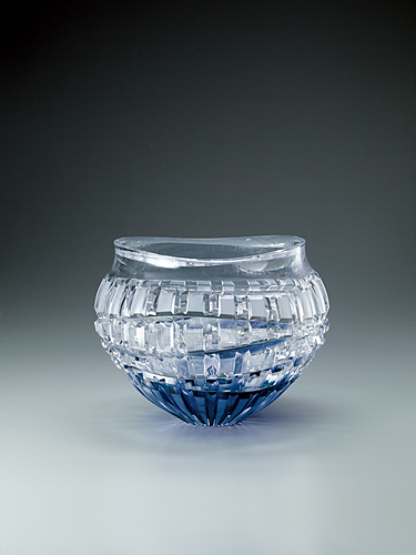 "image Cut glass flower vase. ""Clear water flowing"""