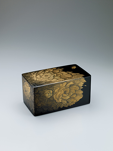 image Box with design with peony design in chinkin.