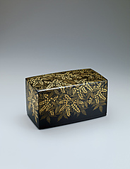 "写真:Box with design in chinkin. ""Mahonia japonica"""
