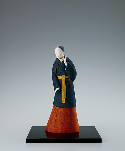 """image """"Listening calmly"""". Formed with tōso and covered with cloth in method."""