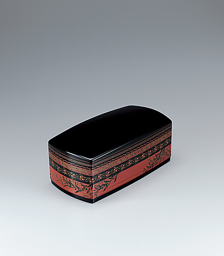 "写真:Kanshitsu box with design in zonsei. ""Evening calm in Seto"""
